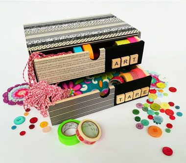 Cassettiera rivestita con washi-tape